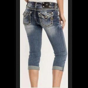 NWT $90 Miss Me Signature Capri Jeans 25,27,28,29